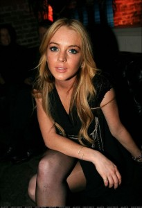out-n-about-n-looking-good-lindsay-lohan-11675507-616-900